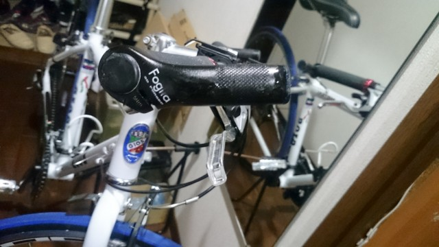 自転車にマニキュア