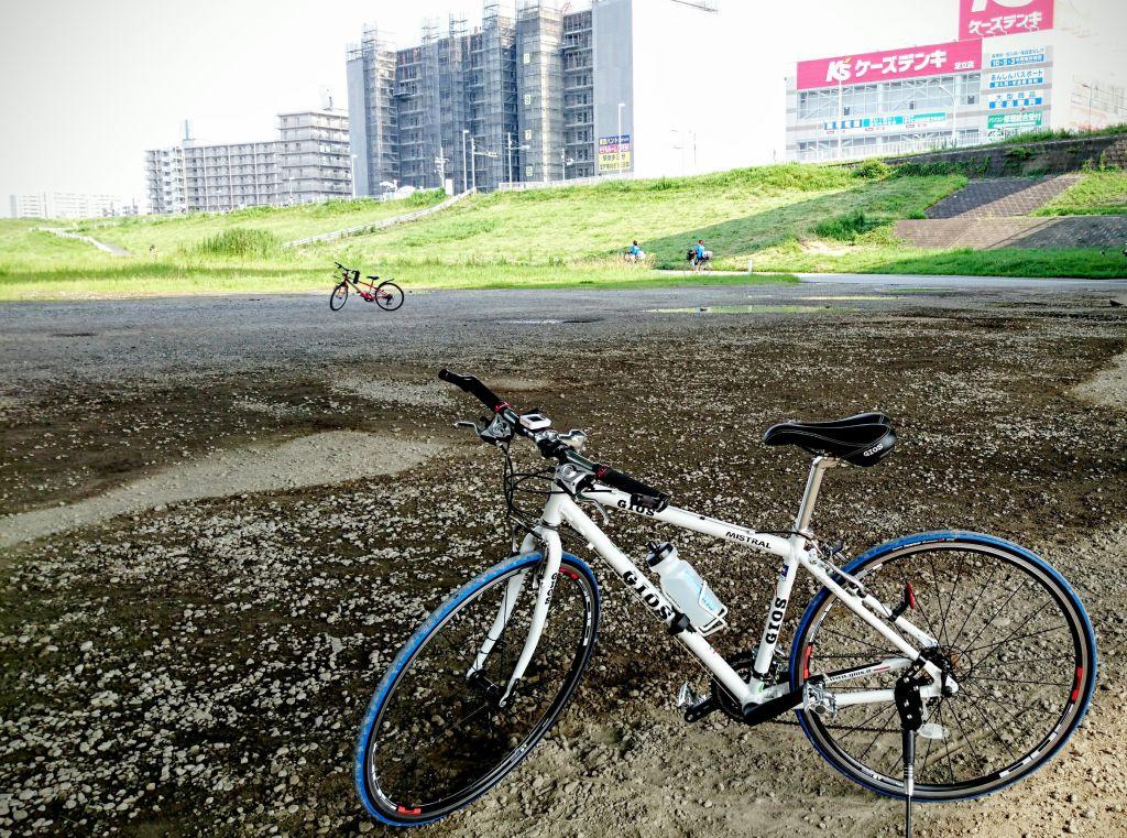 サイクリングに行ってきました。暑すぎ。。