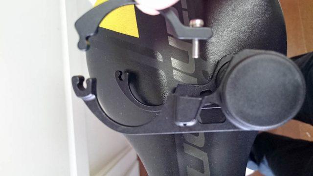 PWT カーボン製 コンピューター&ライトマウント(31.8mmハンドルバー専用) MT26C