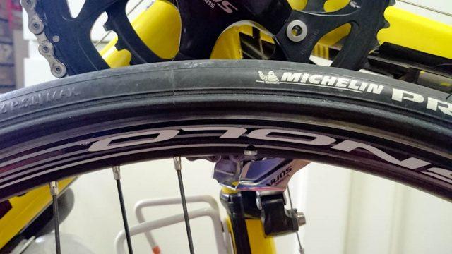 CAAD8タイヤ交換 Michelin Pro3 Race
