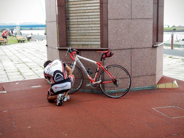 ロードバイク パンク修理