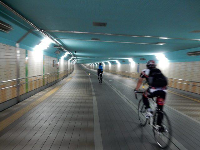 千代田線 地下道