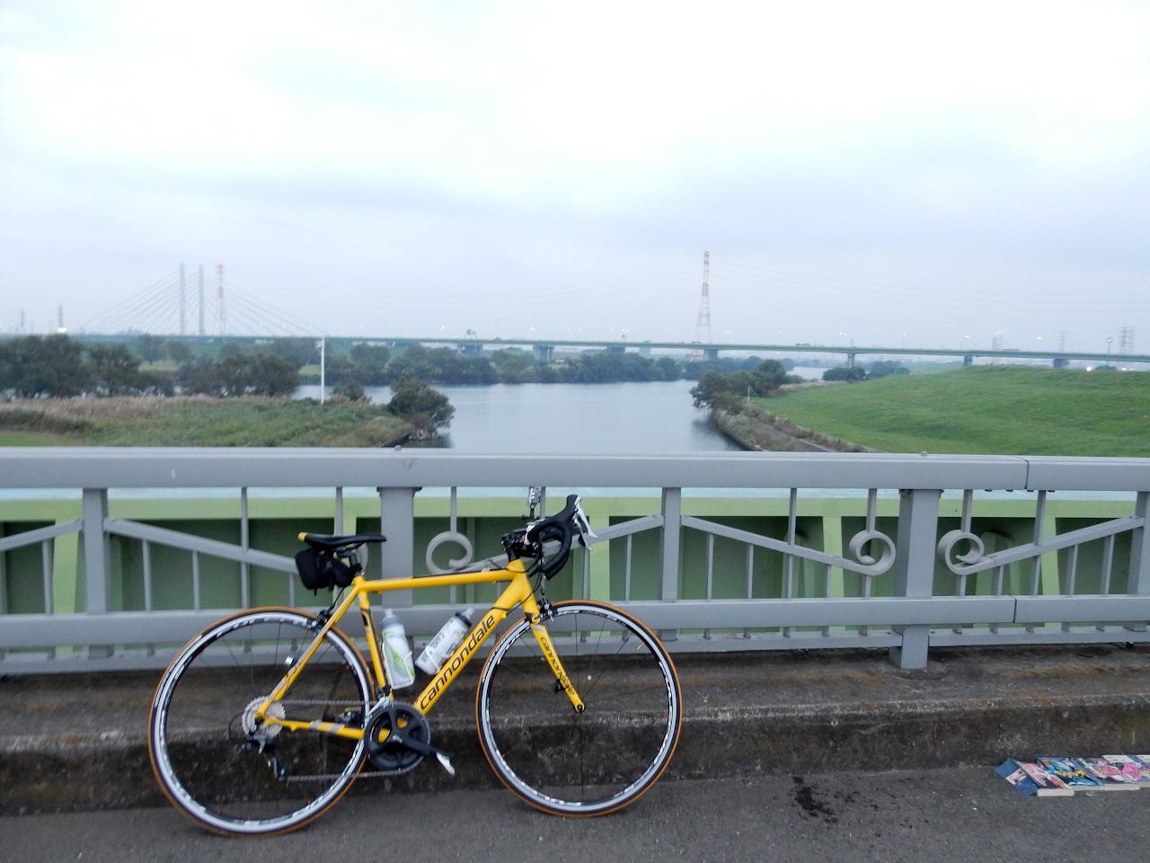 荒川サイクリングロード  朝霞水門