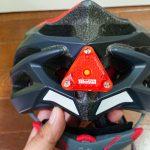 ヘルメットにテールライトをつけてみました