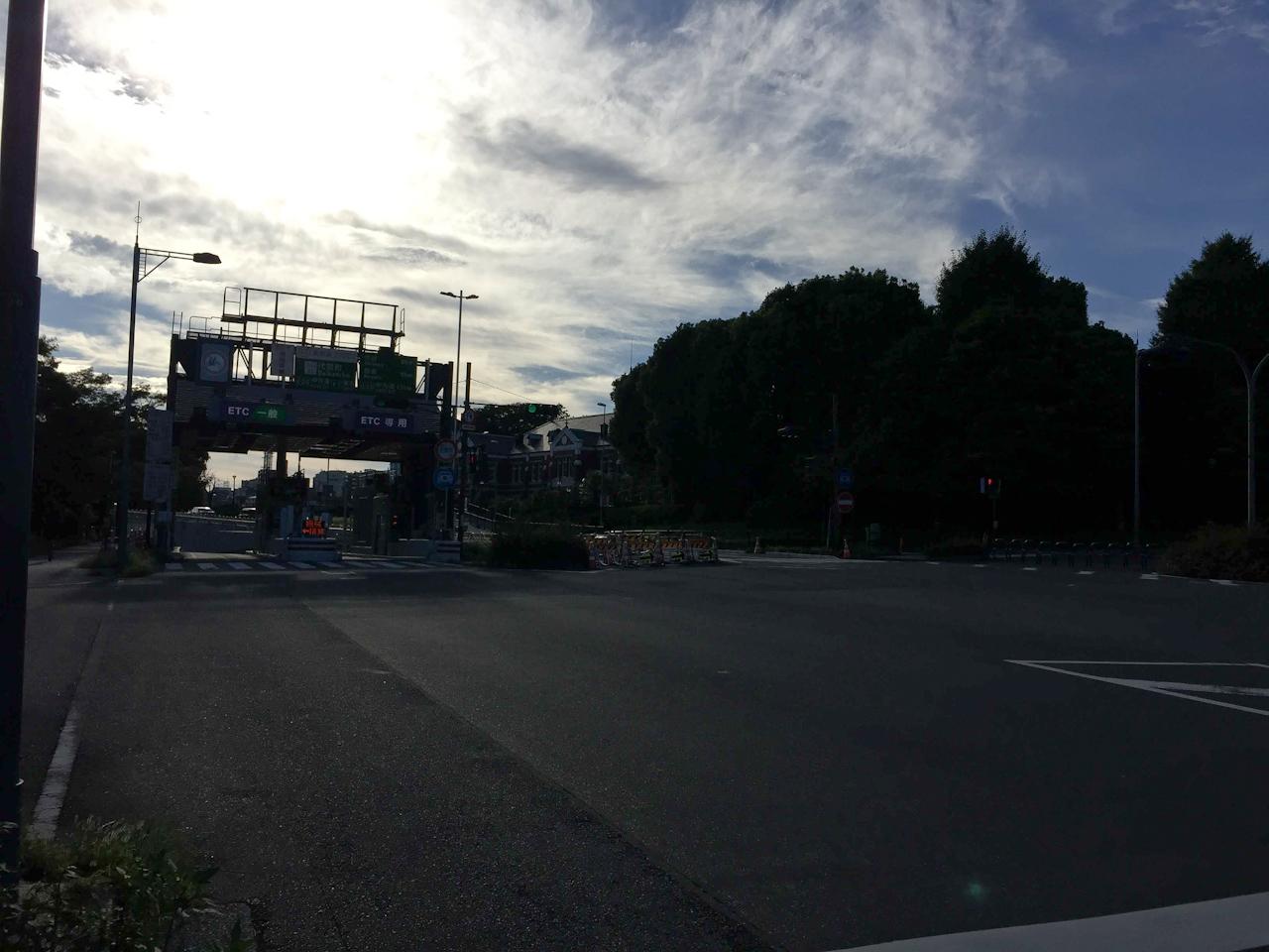 パレスサイクリング 皇居 首都高 代官町 入り口