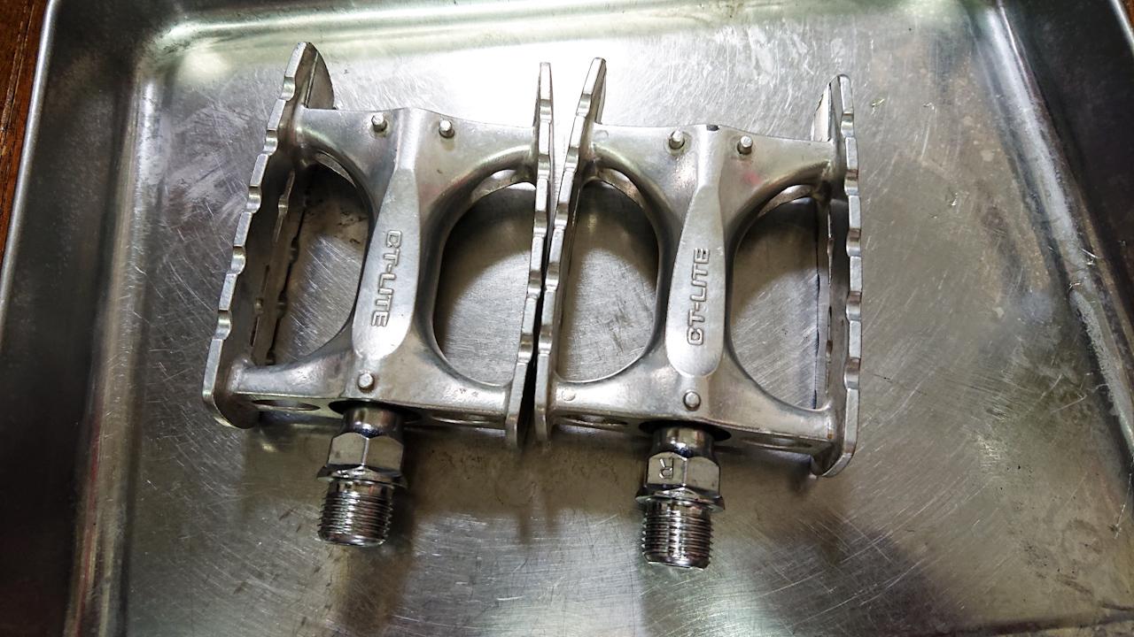 MKS(三ヶ島) ペダル CT-LITE 玉押し調整 グリスアップ
