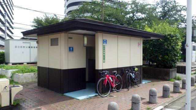 足立区 デザインマンホール サイクリング 京成関屋・東武牛田駅 隅田川 関屋の里